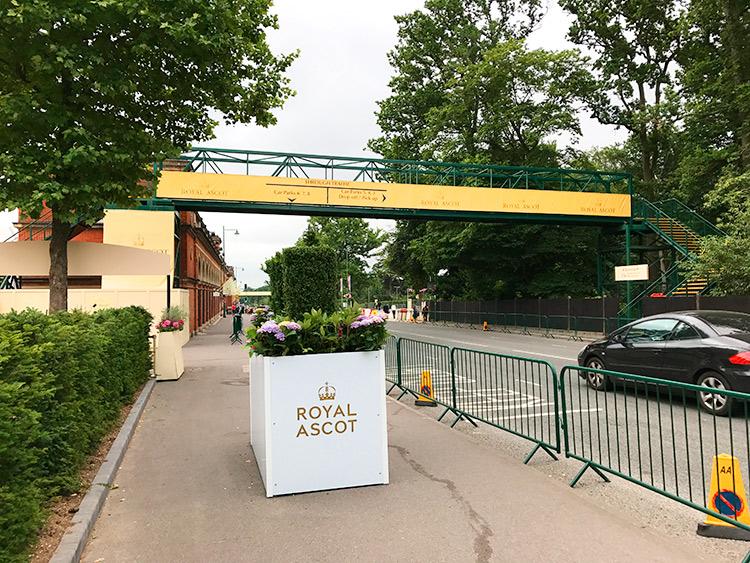 Temporary bridge for Royal Ascot 2017
